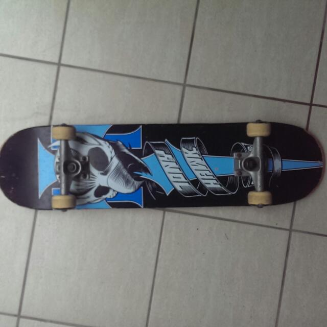 Authentic Tony Hawk Birdhouse Skateboard