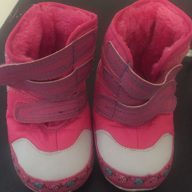 Baby Shoes 4 Pairs All Excellent Condition