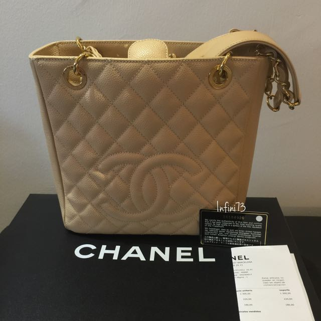 c40bf624ad33 CHANEL PST (Preloved), Luxury on Carousell