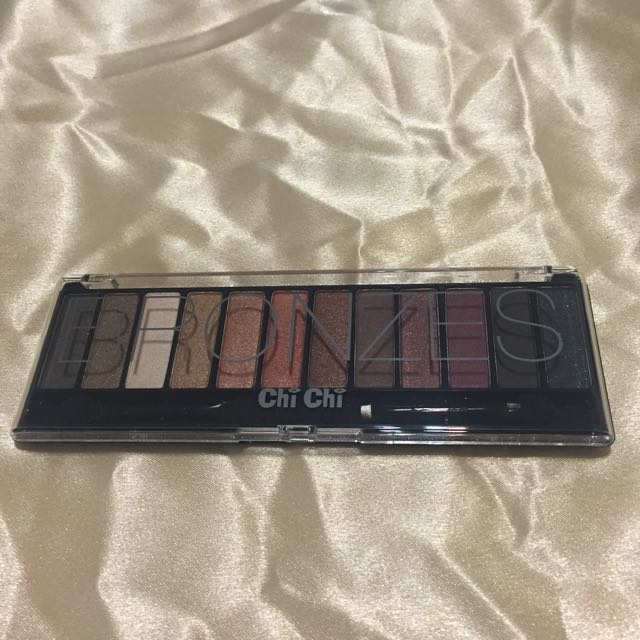 Chi Chi Bronzes Collection