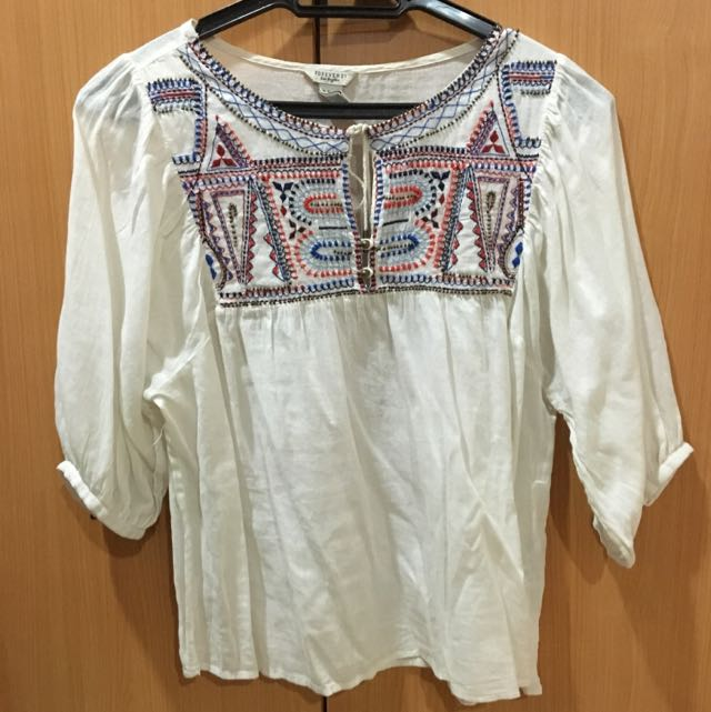 FOREVER 21 Tribal Blouse