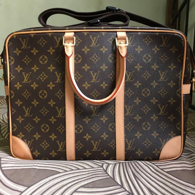 a9c85049387f Louis Vuitton Porte Documents Voyage GM Monogram Messenger Bag (Men ...