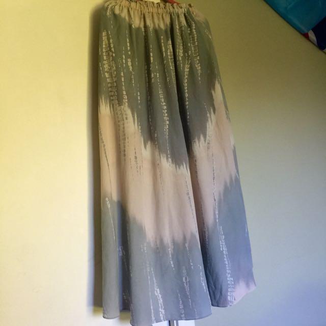 Maxi Skirt Sz M-L