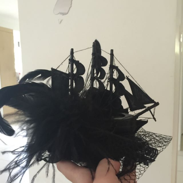 Pirate Ship Fascinator