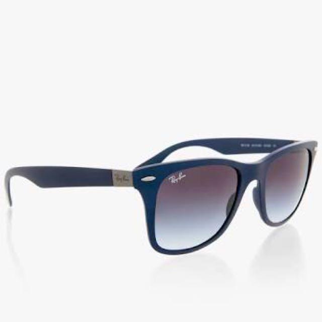 Rayban Wayfarer Liteforce Sunglasses