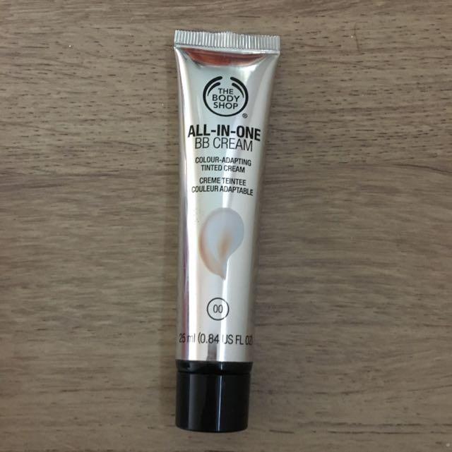 The Body Shop BB Cream 25mL Colour 00