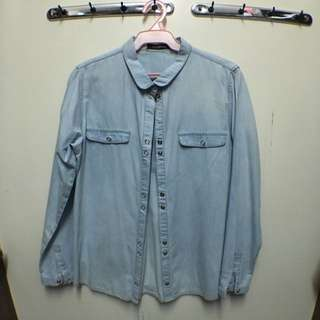 Folded & Hung Long Sleeve Button-down