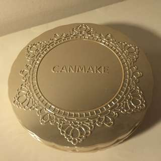 Canmake 粉餅