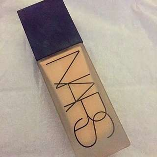 *PRICE REDUCTION* NARS ADL FOUNDATION (Light 4)
