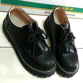 🚨日系黑色厚底鞋  24含運 畢業出清 急售 免運