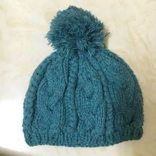 藍綠色針織帽子