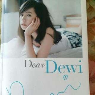 Diwi簡廷芮親筆簽名寫真書