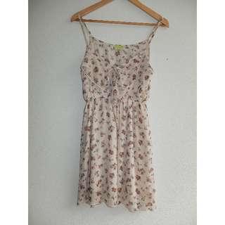 Avocado Gorgeous Rose Pattern Flowy Dress Size 10 – fits S 6-10