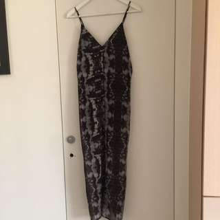 H&M開叉性感洋裝