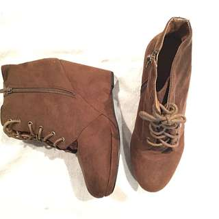 Rubi Brown Winter Ankle Boots AU 8