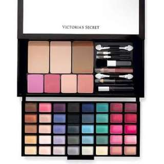 Victoria's Secret Jetsetter Portable Makeup Kit