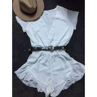 Lioness White Play Suit Size 12
