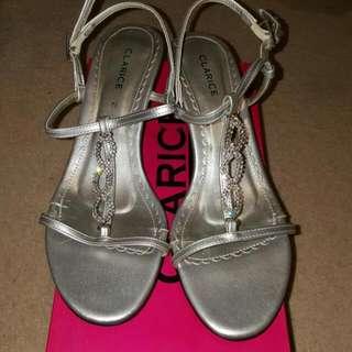 Clarice Silver Strappy Kitten Heels Size 7.5
