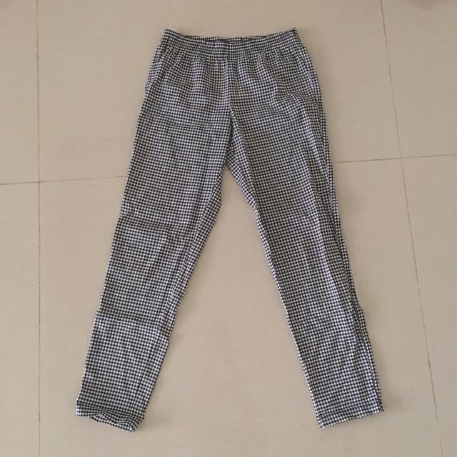 黑白格紋舒適鬆緊內搭長褲🌹
