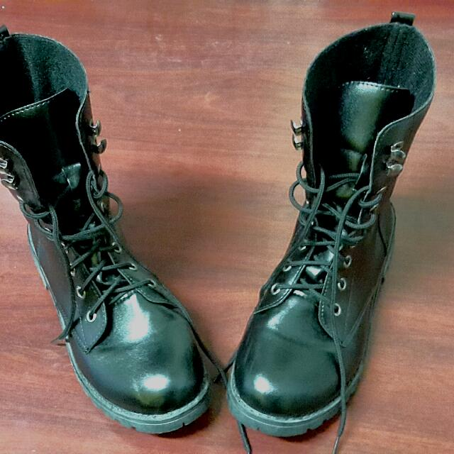 Black Combat Boot, size 38 (small)