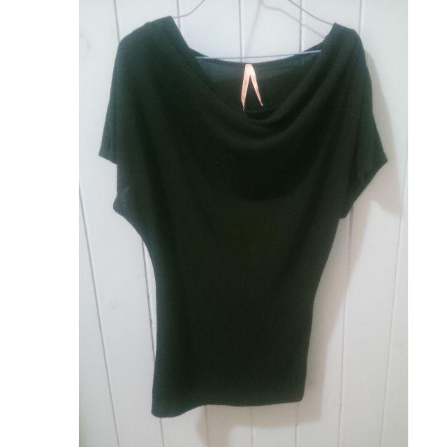 Black cotton shirt with zip shoulder detail