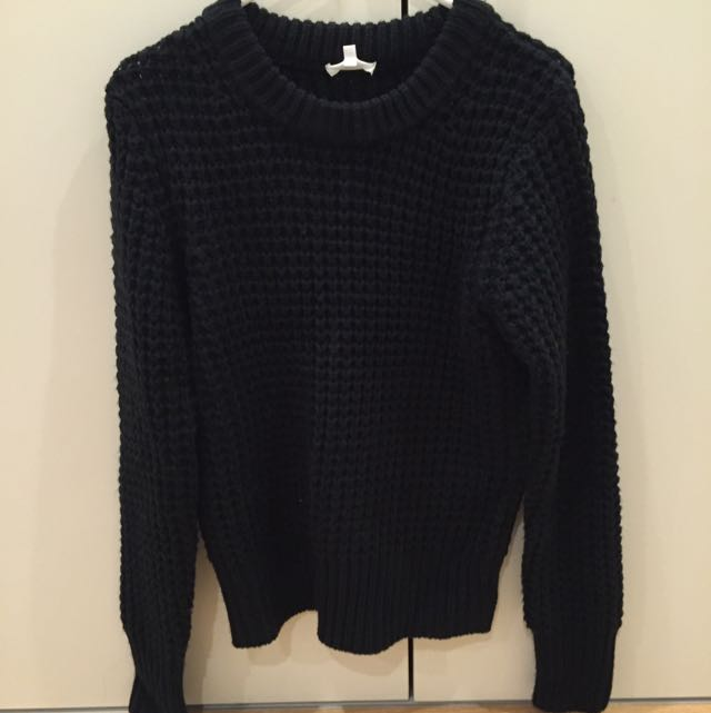 Black Knit Wear Size M