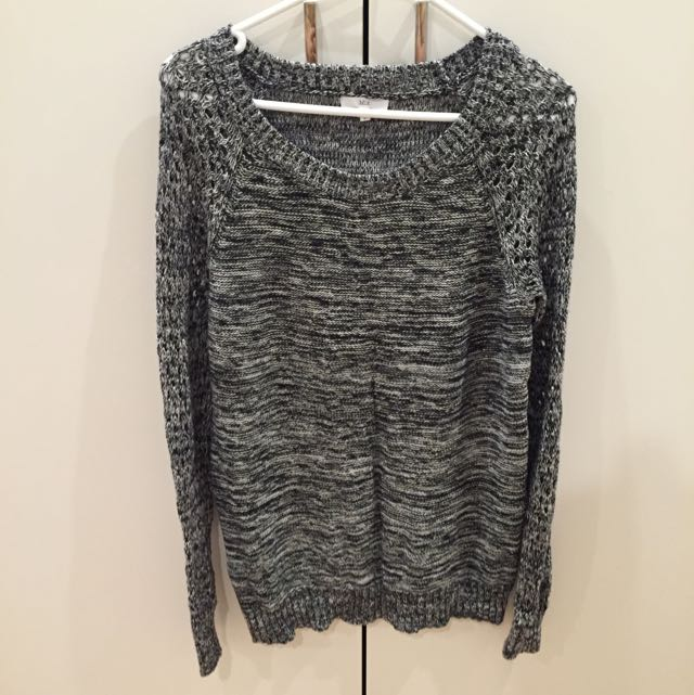 Grey Black Knit Wear Size M