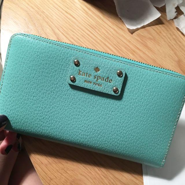 Kate apade wallet