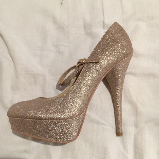 Lipstick Gold Sparkle Heels