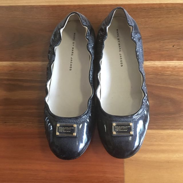 Marc By Marc Jacobs Black Flats Shoes
