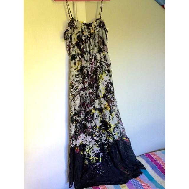 Maxi dress Sz16