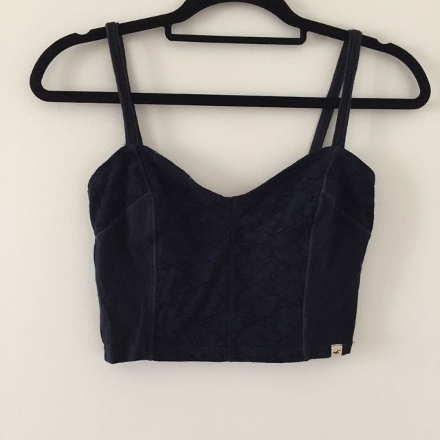 🇦🇹 Navy Crop Top Size Small