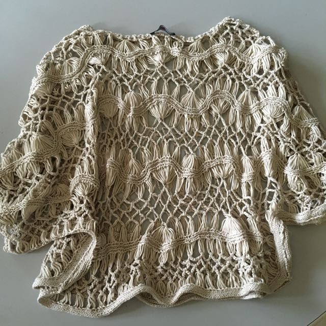 (ONE SIZE FITS ALL) Crotchet Crop Top