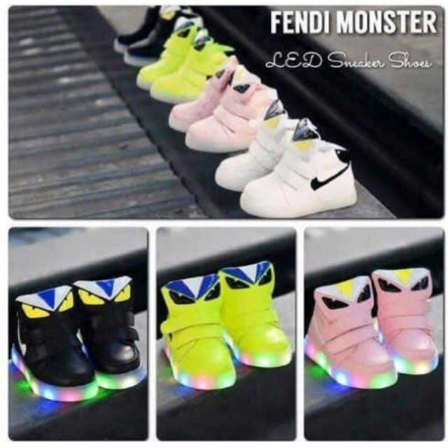 Sepatu Lampu LED Fendi Monster And Mickey 5dcdf1ee58