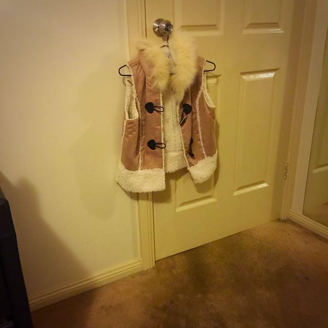 Size L Fake Sheep Wool Vest