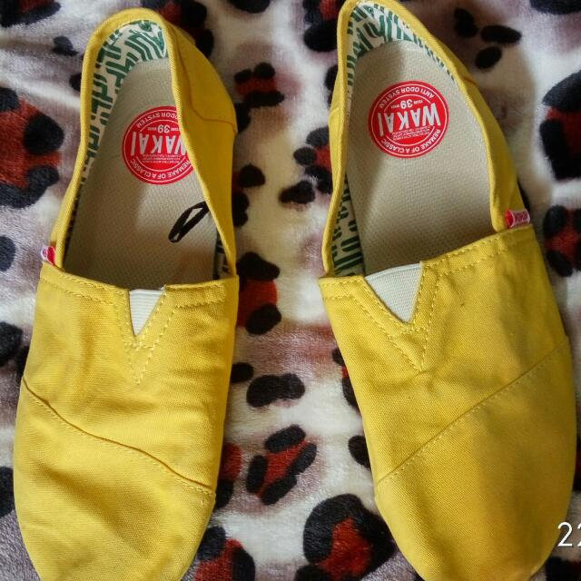 Wakai Shoes Original Yellow