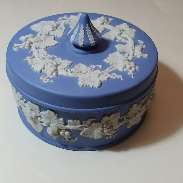 Wedgwood1970年代圓形糖果盒/珠寶盒