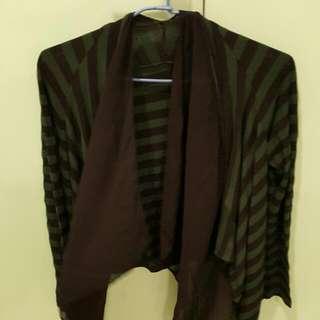 #衣櫃炸了救我 綠黑條紋垂墜式外套