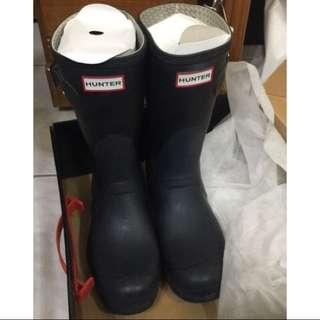 正品二手 Hunter Boots 黑 霧面 中短靴(含保養油)免運