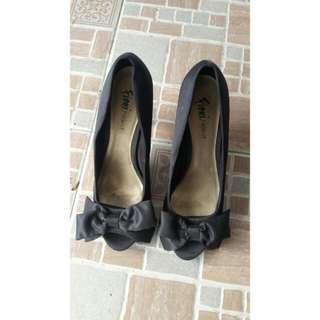 Black Fiona Heels