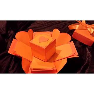 Hearts Exploding Gift Box - Hearts Explosion Box - Orange