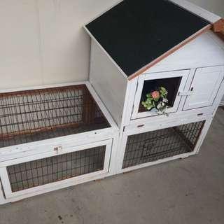 Rabbit/Cat cage house