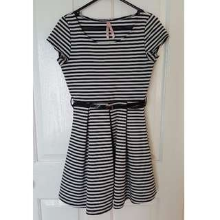 Ally Striped Dress with Waist Belt Size Small