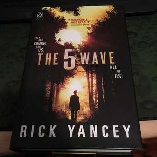 The 5th Wave Hardback Rick Yancey