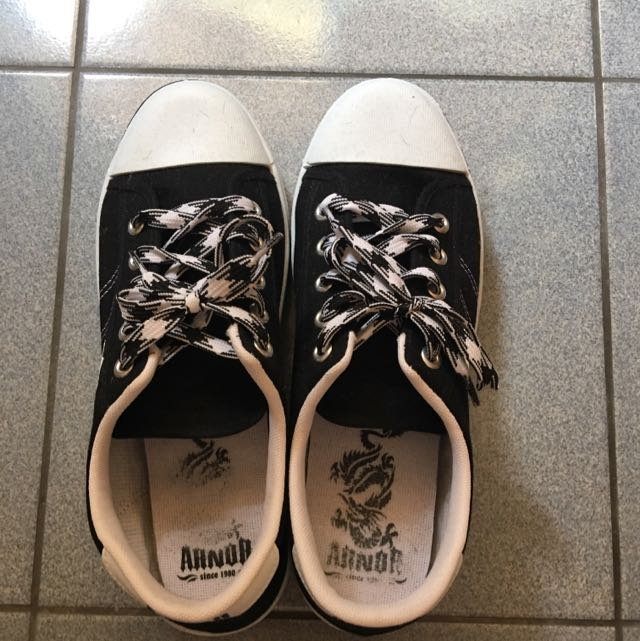 二手鞋150元