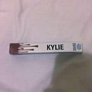 Kylie Jenner Metal - Reign