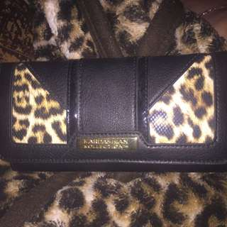 Kardashian Kollection- Black & Cheetah Print Wallet