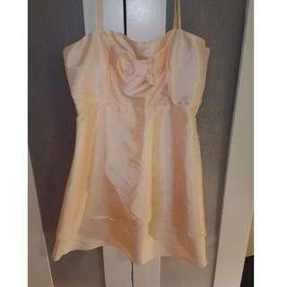 PEACH CUTE SHORT DRESS