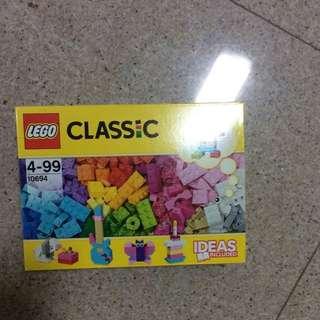 Lego Classic 10694, 303 Pcs
