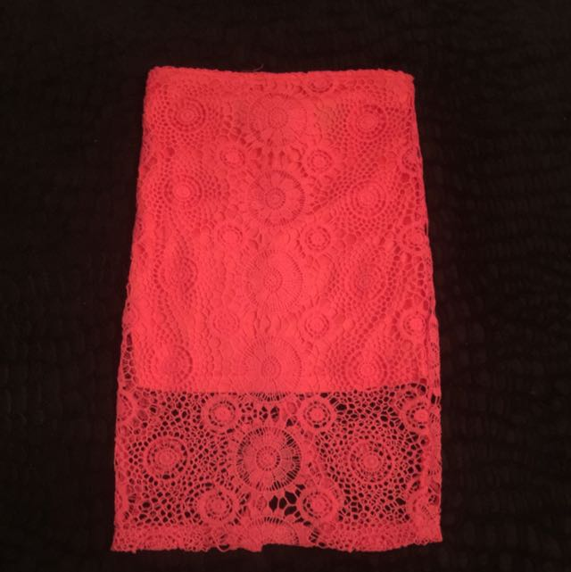3/4 LACE SKIRT